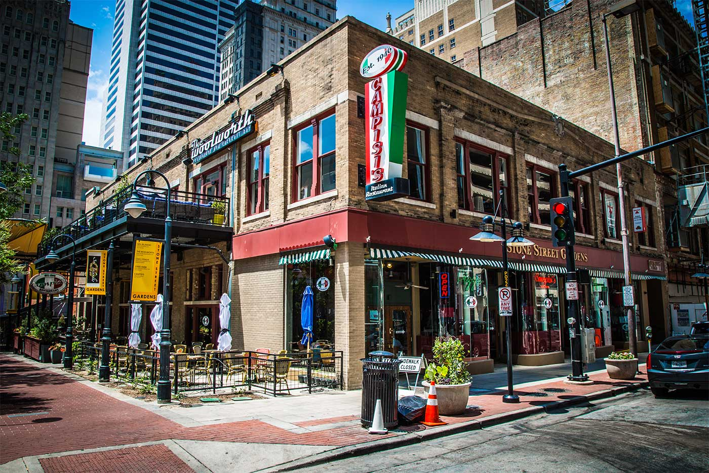 Downtown Dallas Elm Campisi S Restaurants Best
